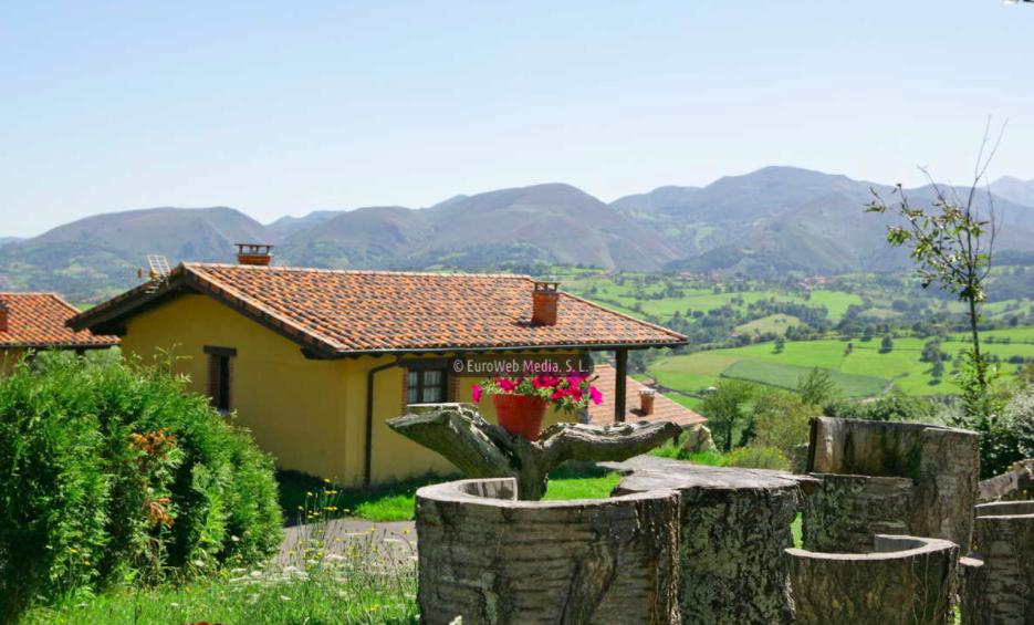 Casas con piscina en asturias awesome casa en regueras las with casas con piscina en asturias - Casa rural con piscina climatizada asturias ...