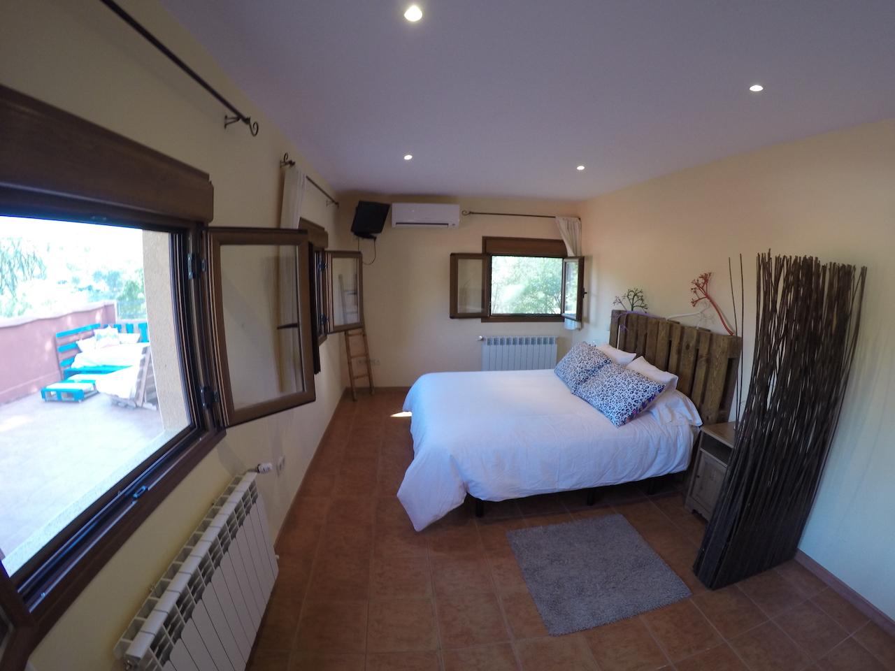 casa rural 6 habitaciones con bano