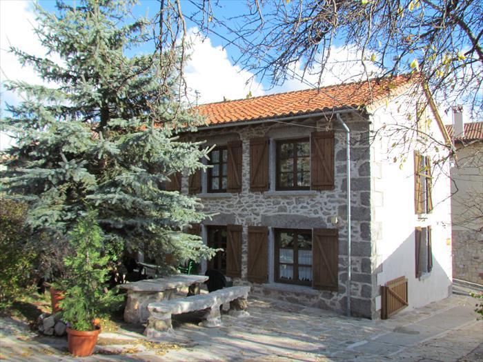 Sr 608 vila castilla y le n reserva online - Casa rural de madera ...
