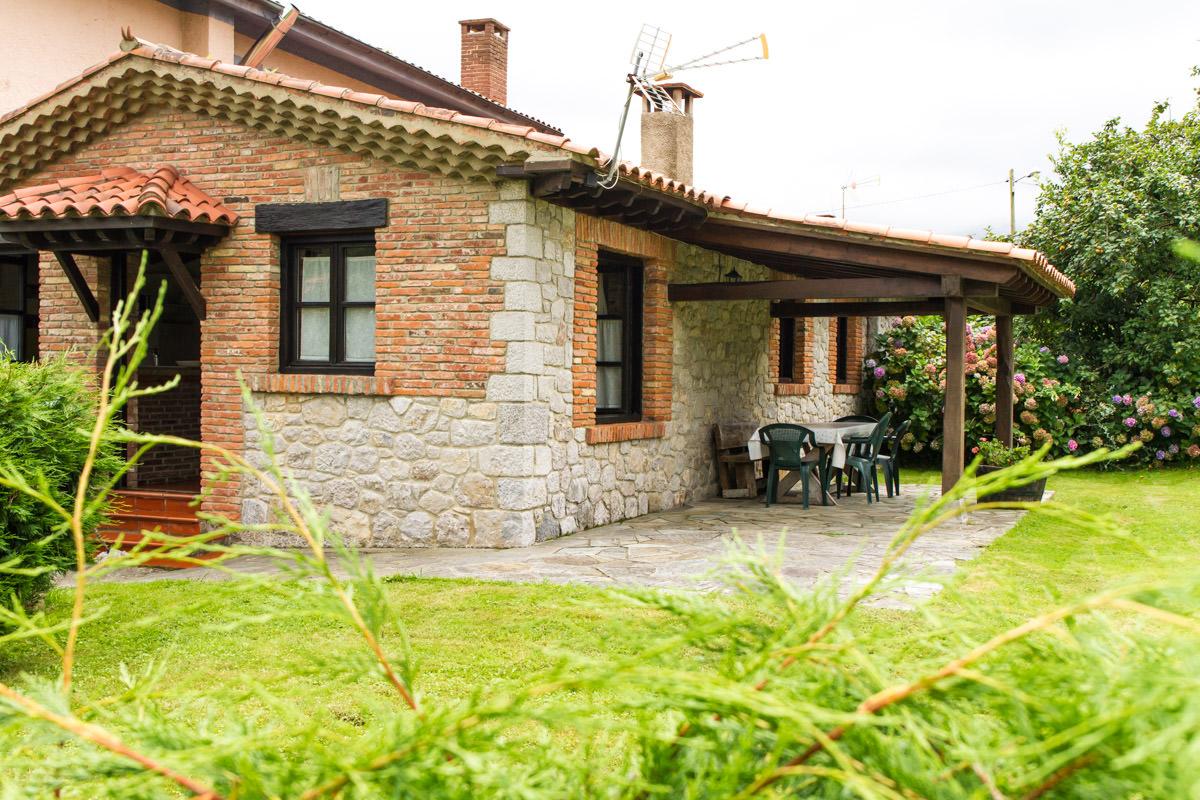 Casas con porche y jardin stunning ideas de casas de for Porche de jardin