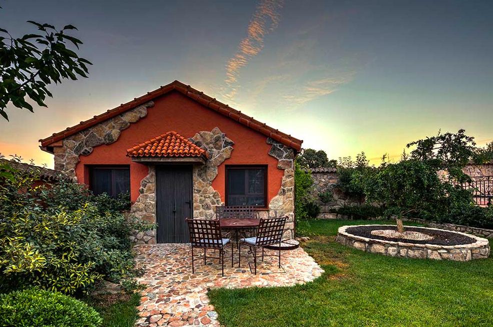 Casa rural muy bien decorada perfecta para familias dispone de una gran piscina compartida - Casa rural toledo piscina ...
